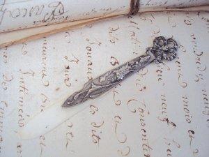 画像1: リボンのブックマーク